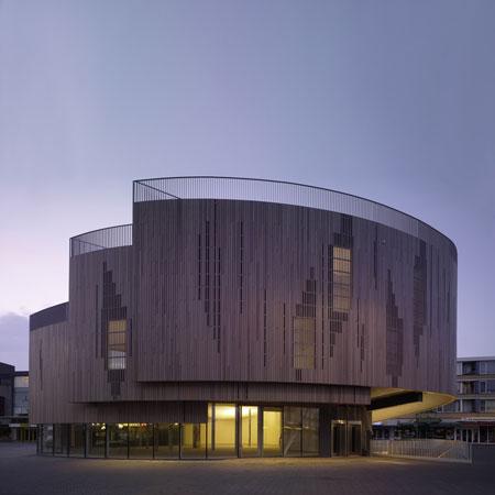 Roosendaal Market Square Pavilion by René van Zuuk Architekten