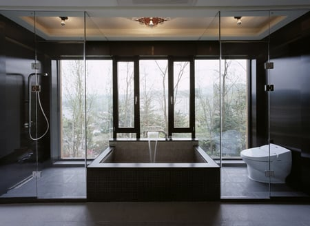 z-house-by-hohyun-park-hyunjoo-kim_master-bathroom.jpg