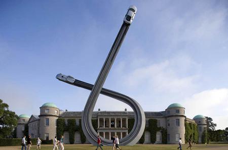 audi-sculpture-by-gerry-judah-2.jpg