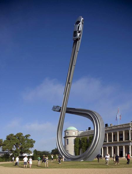 audi-sculpture-by-gerry-judah-3.jpg