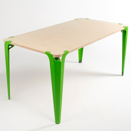 clamped-table-by-ryan-sorrell5_top.jpg