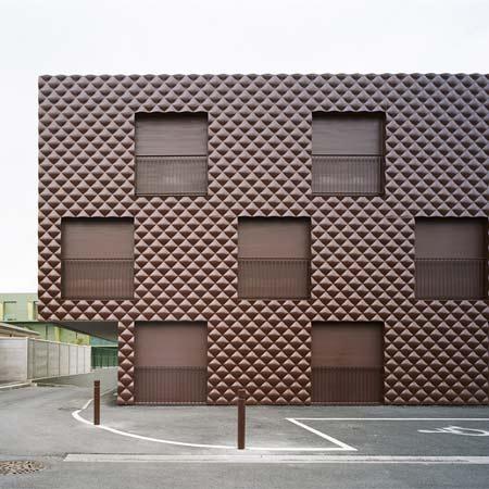 Residence à Epinay sur Seine by ECDM