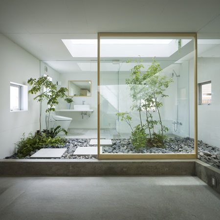 House in nagoya by suppose design office dezeen for Interior zen garden