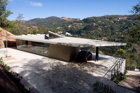 pl-house-by-fernando-maculanpedro-morais-03.jpg