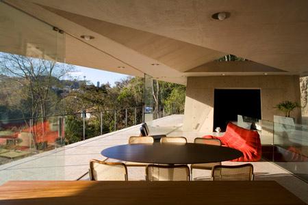 pl-house-by-fernando-maculanpedro-morais-10.jpg