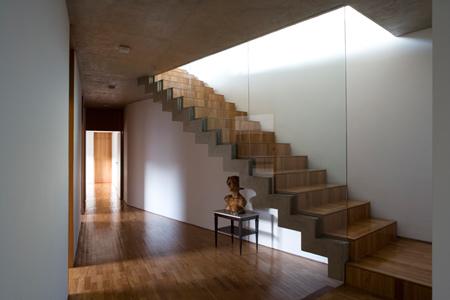 pl-house-by-fernando-maculanpedro-morais-12.jpg