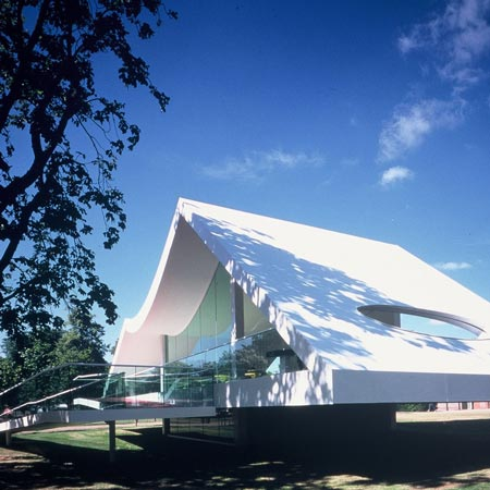 serpentine_niemeyer_dezeen.jpg