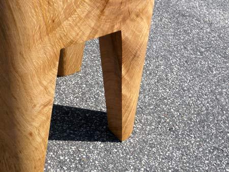 bow-wow-stool-by-morten-emil-engel-04.jpg