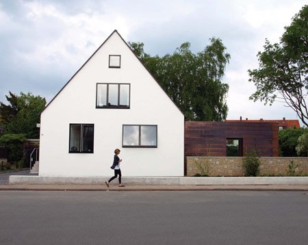 haus-by-anne-menke-and-winkens-architekten_photo01.jpg