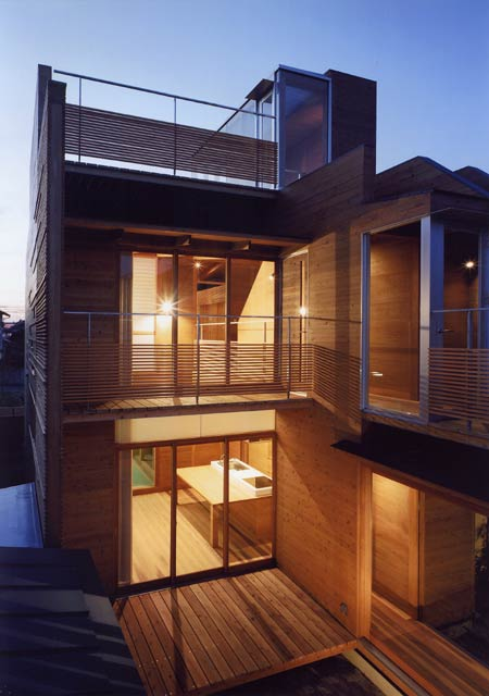 house-in-wakaura-by-archivi-architects-associates13.jpg