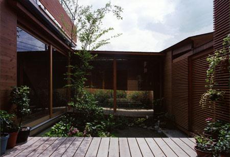 house-in-wakaura-by-archivi-architects-associates4.jpg