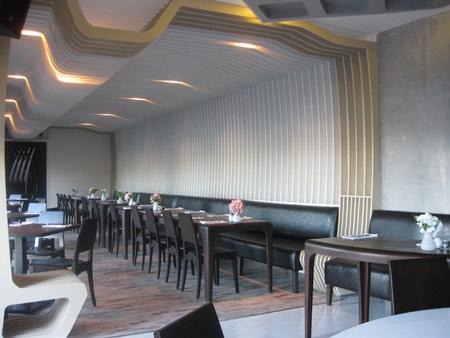 izz-cafe-restaurant-by-ugur-kose-and-batu-palmer-08.jpg