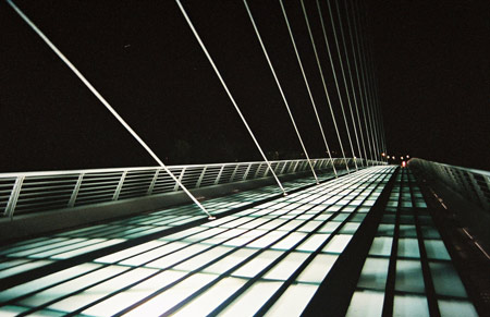 photographs-by-heather-skeehan_bridge_calatrava1.jpg