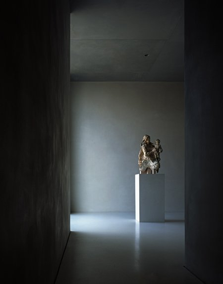photographs-of-the-work-of-peter-zumthor-by-helene-binet-11.jpg