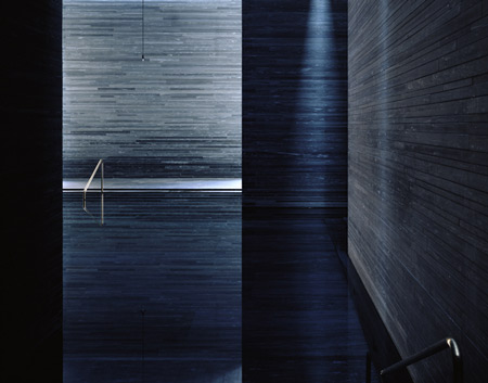 photographs-of-the-work-of-peter-zumthor-by-helene-binet-17.jpg