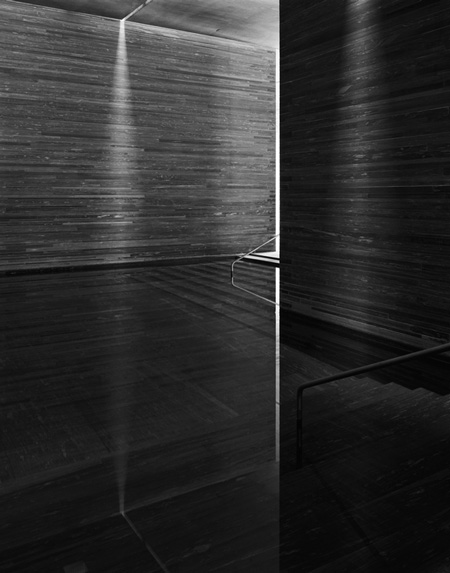 photographs-of-the-work-of-peter-zumthor-by-helene-binet-20.jpg