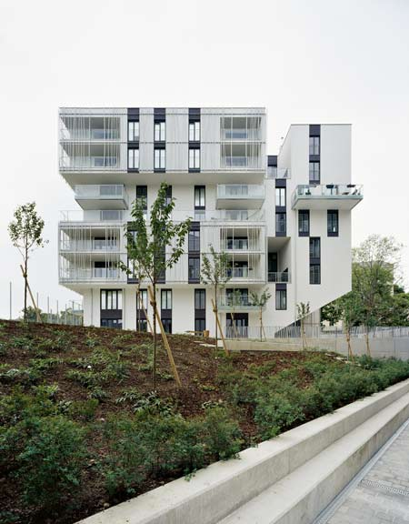 residential-area-at-sensengasse-by-josef-weichenberger-architects33.jpg