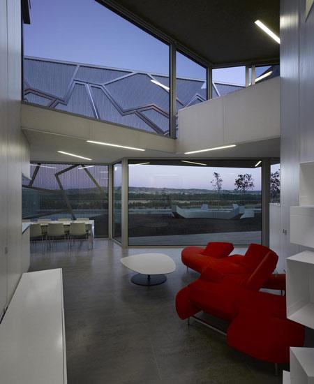"""Дизайн квартиры в стиле хай-тек  """" Все о."""