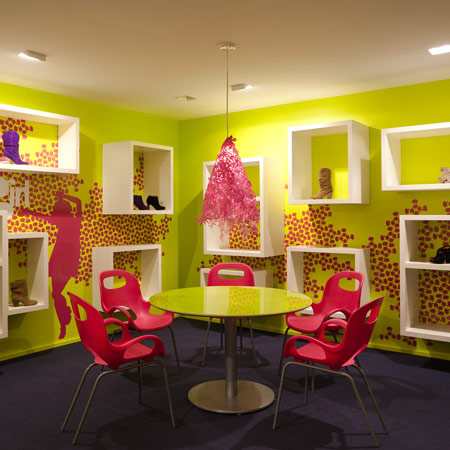 Kensiegirl showroom by sergio mannino studio dezeen