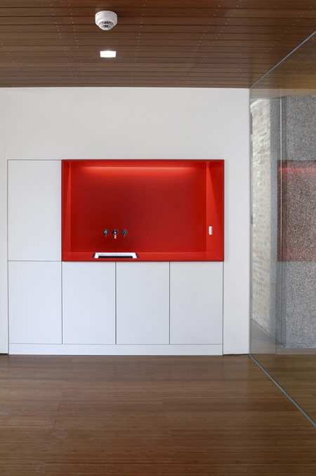 Visa section of Swiss Embassy by EXH Design 10