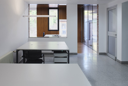 Visa section of Swiss Embassy by EXH Design 21