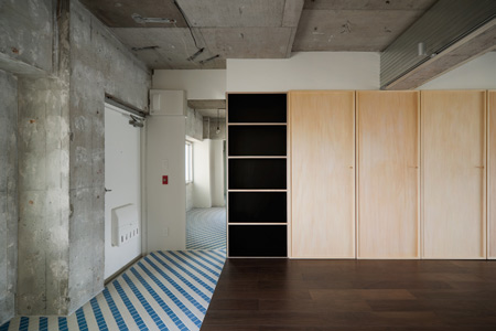 doors-by-hiroyuki-tanaka-architects-2.jpg