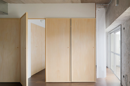 doors-by-hiroyuki-tanaka-architects-7.jpg