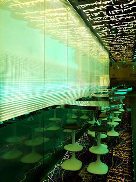 switch-restaurant-by-karim-rashid-22.jpg