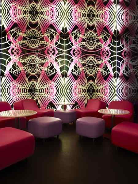 switch-restaurant-by-karim-rashid-24.jpg