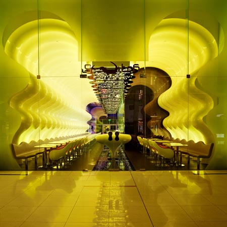 switch-restaurant-by-karim-rashid-9.jpg