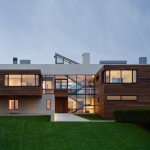 Southampton Beach House by Alexander Gorlin