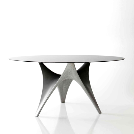 Arc table by Foster + Partners for Molteni&C