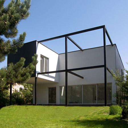 dzn_Black-Cube-House-by-KameleonLab-Squ