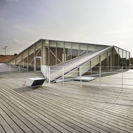 dzn_La-Médiateque-de-Proville-by-TANK-architects-13