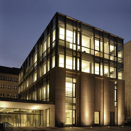 Library of University in Poznañ by Consultor, Neostudio Architekci and APA Bulat