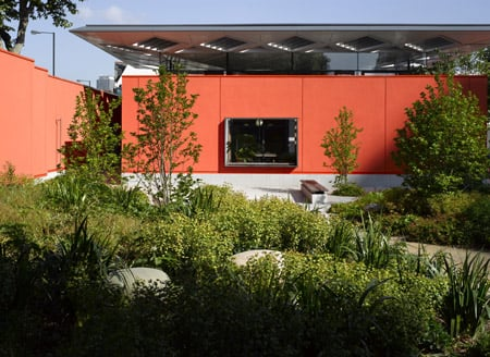 dzn_Maggies Centre wins Stirling Prize 02