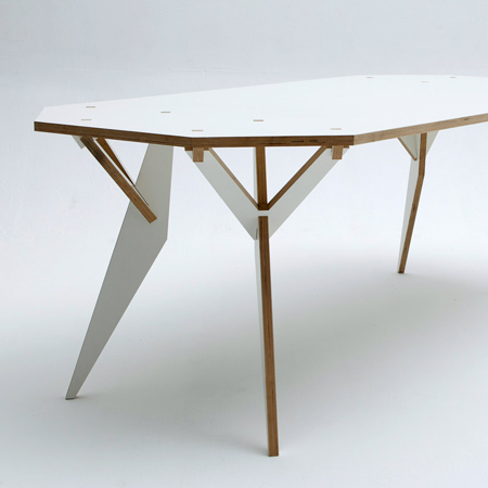 Y Parametric table by Krystian Kwieciński | Dezeen