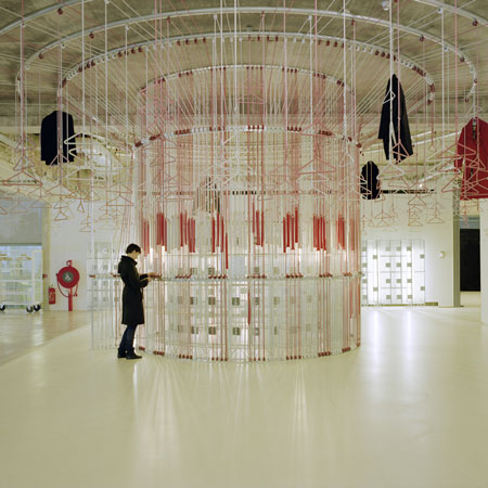 Merry-go-round Coat Rack by Studio Wieki Somers wins Dutch Design Awards 2009