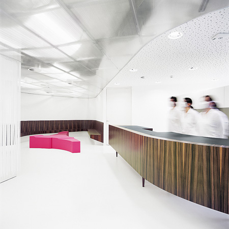 GKK Dental Ambulatory by Xarchitekten