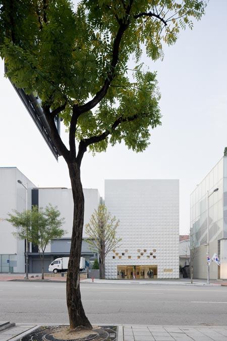 DZN_IWAN-3.1PL-Seoul-1