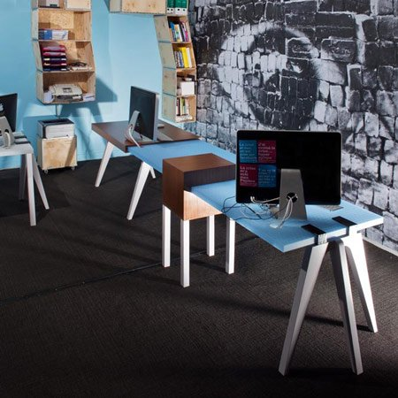 Clamp Desk by Paul Coudamy & Benoit Coulondres