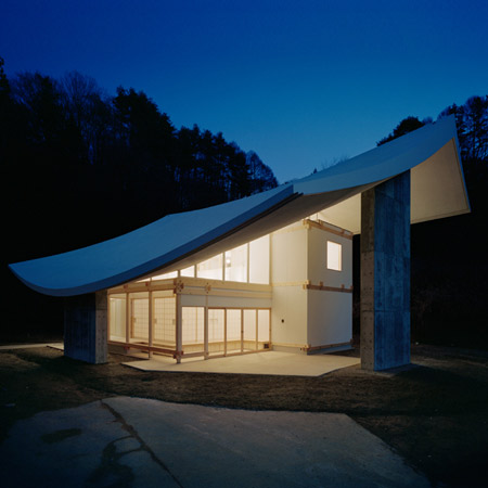 Kuri at Chushinji Temple by Katsuhiro Miyamoto & Associates
