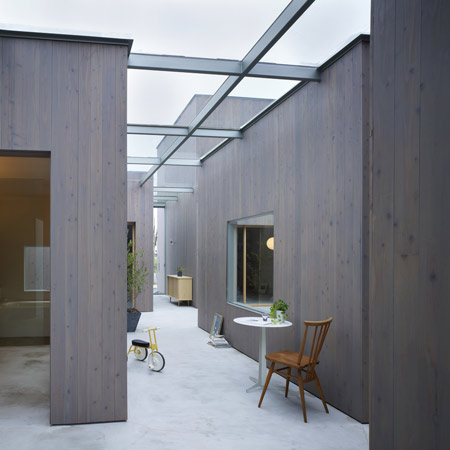 House in Buzen by Suppose Design Office