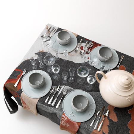 Table-Palette by Kiki van Eijk