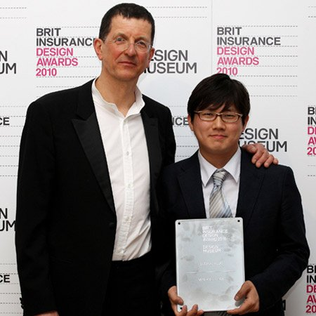 Min-Kyu Choi wins Brit Insurance Design of the Year Award 2010