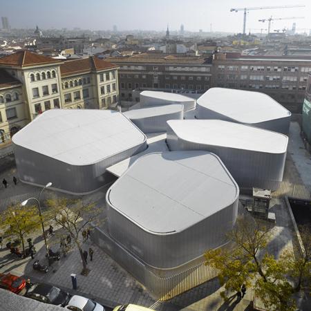 Barceló Temporary Market by Nieto Sobejano Arquitectos