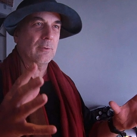 "Ron Arad: Restless - ""It would be nice if a lot of things were moving"""