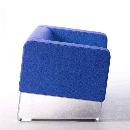 Pisa sofa by Ramei Keum