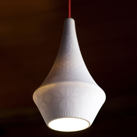 dzn_Porcelain-lamp-by-skar+vidal-2