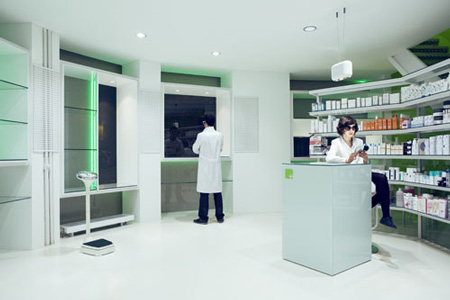 A Pharmacy in La Puebla 15 by BUJ+COLÓN Arquitectos